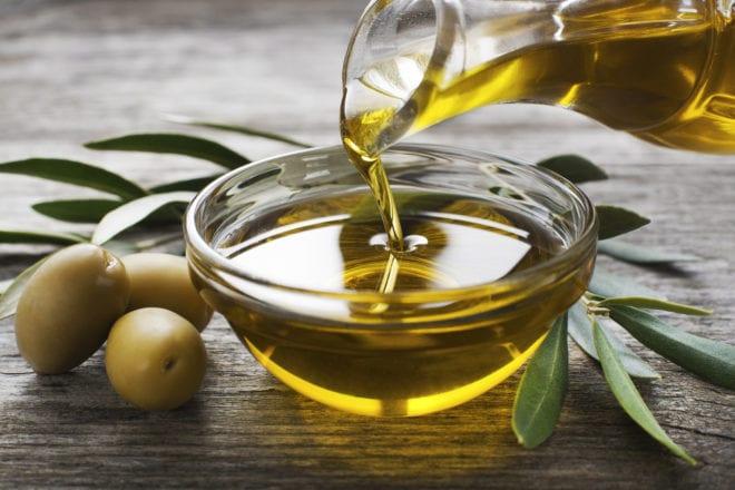 3 façons d'utiliser l'huile d'olive dans votre beauté quotidienne