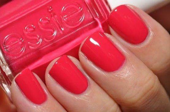 Comment choisir son vernis ongles bien habill e - Comment bien se couper les ongles des mains ...
