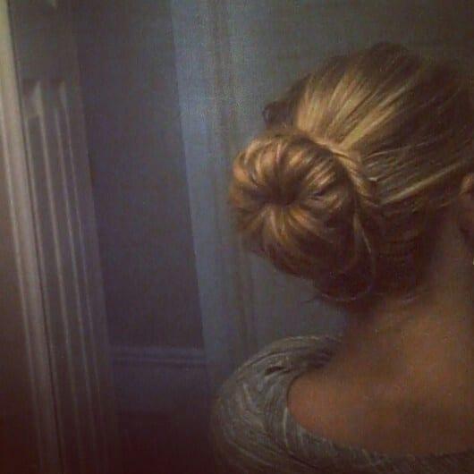 Chignon bun cheveux tres long