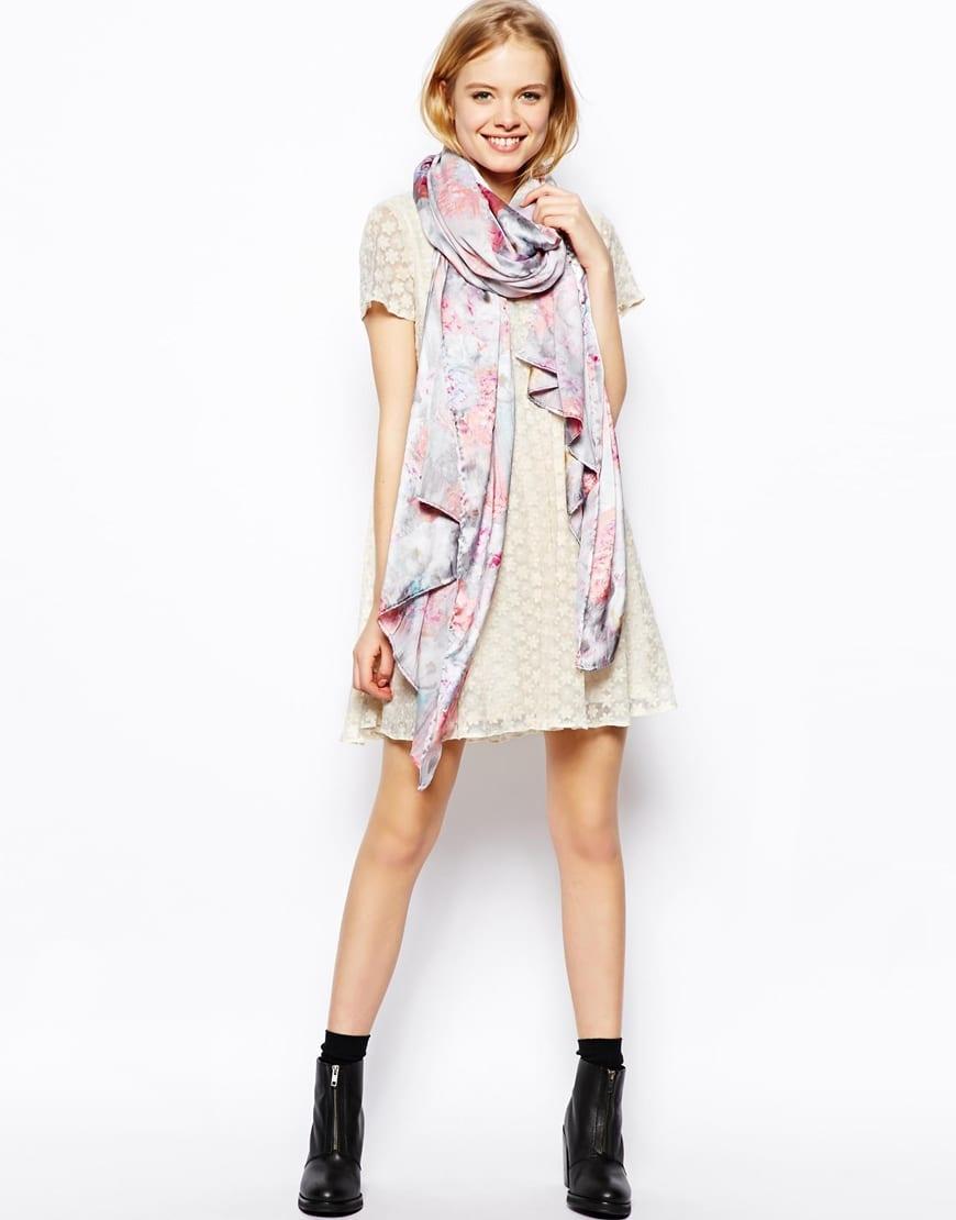 Comment bien porter un foulard bien habill e for Autour de bebe portet