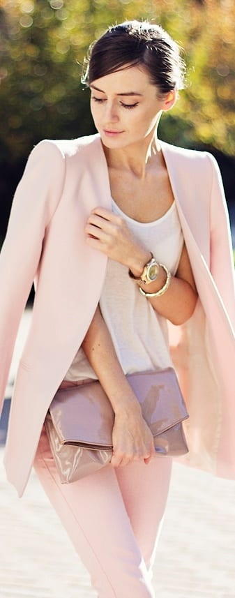 comment porter les couleurs pastels ? - bien habillée