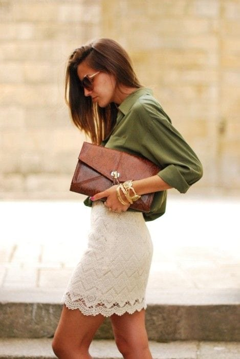 Short beige sous robe
