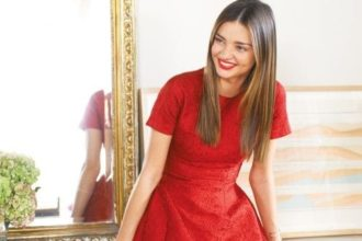 Comment porter la robe rouge?
