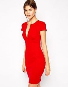 porter la robe rouge