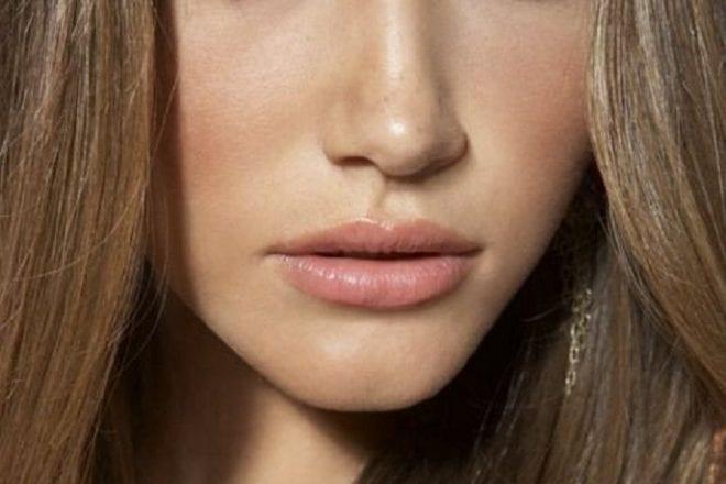 Les 5 basiques maquillage pour un teint plus que parfait !
