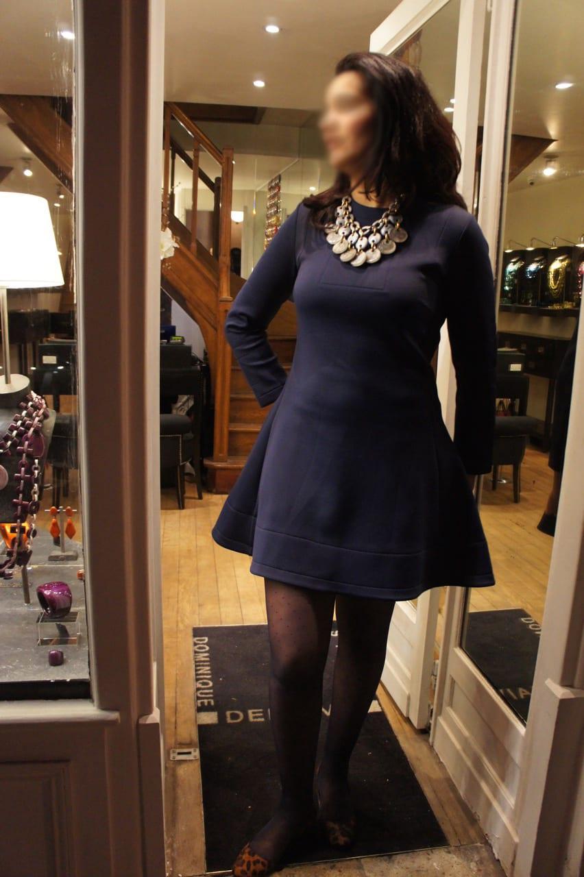 Le relooking de linda bien habill e - Avec quoi porter une robe bleu marine ...