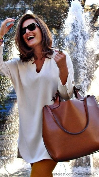 robe blanche et camel