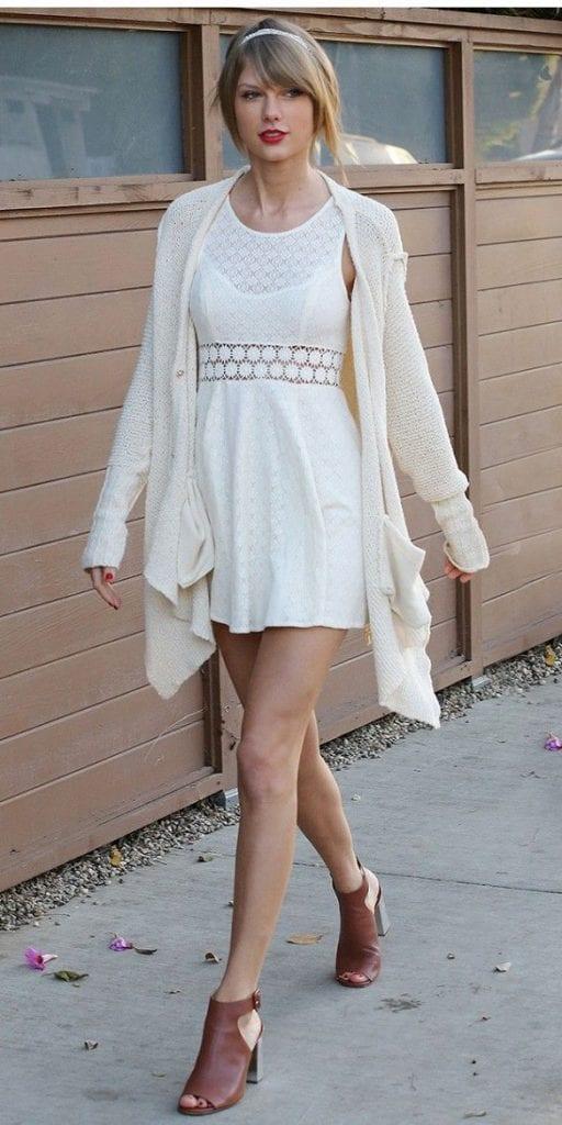 Robe blanche maille