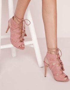 chaussures-lacees