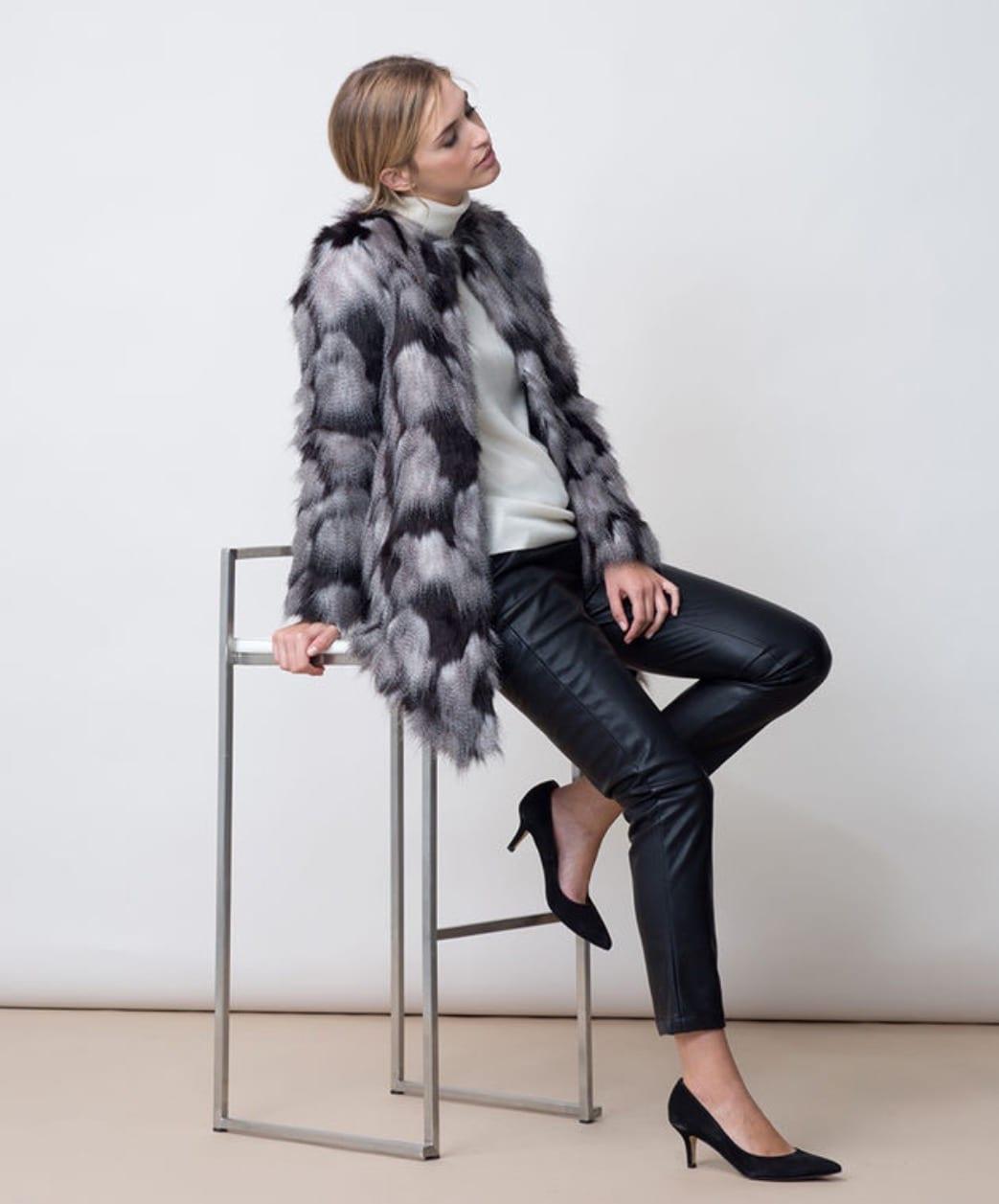 Bien porter un manteau gris