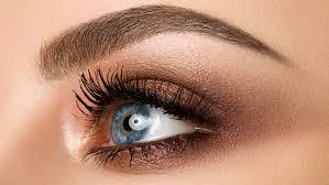 maquiller-des-yeux-bleus-smoky