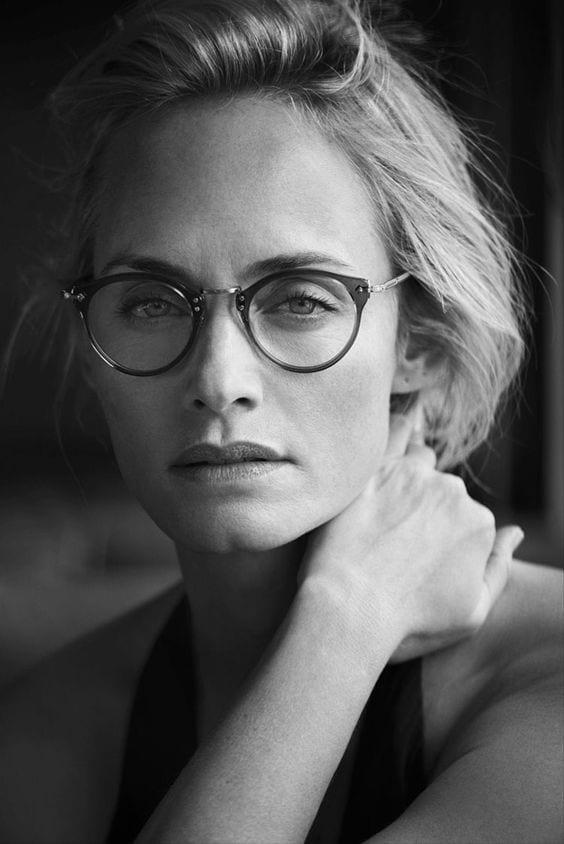 oliver peoples lunettes visage carre bien habill e. Black Bedroom Furniture Sets. Home Design Ideas