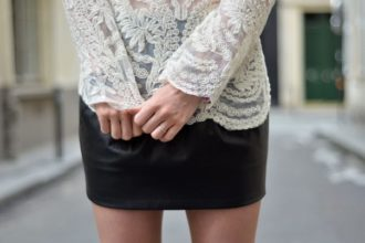 Comment porter la jupe en cuir avec style