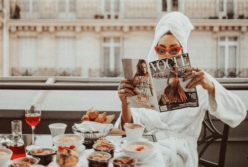 Pourquoi vous devriez tout de suite arrêter de lire des magazines de mode