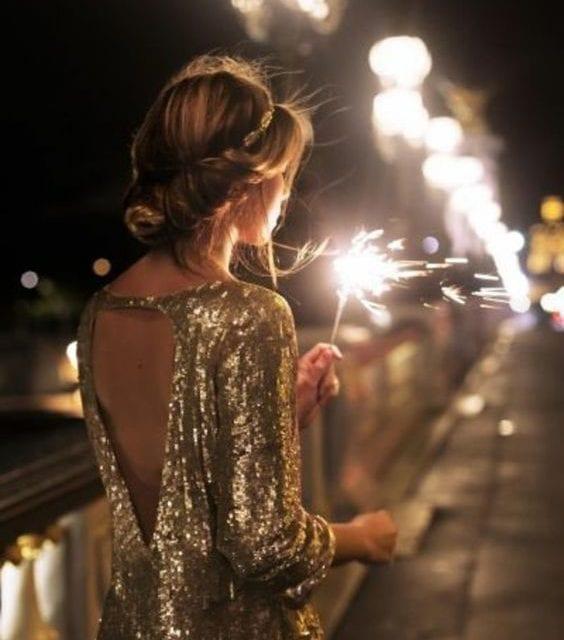 Tenue de fêtes de fin d'année sexy et élégante : 5 détails qui font craquer